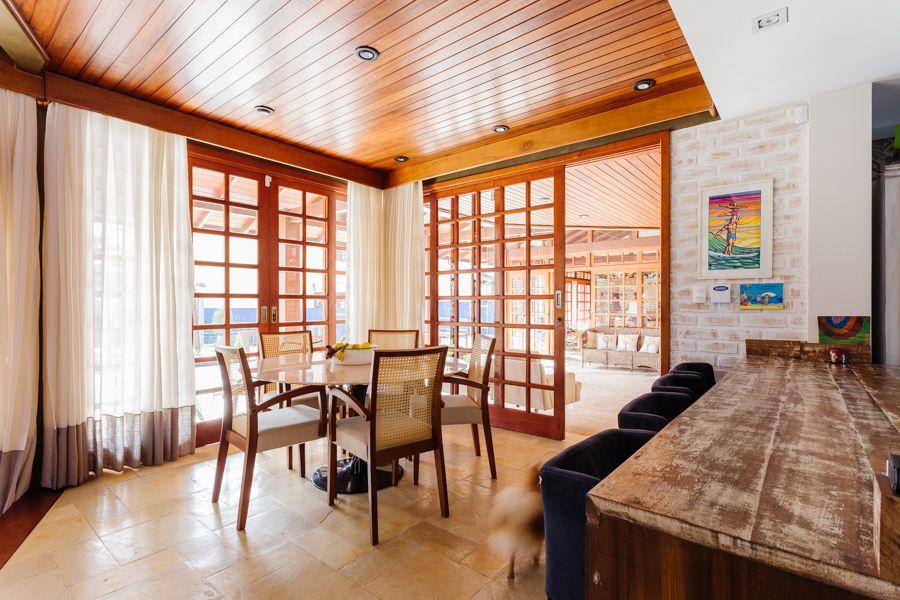 Casa à venda | 4 dormitórios Santa Mônica